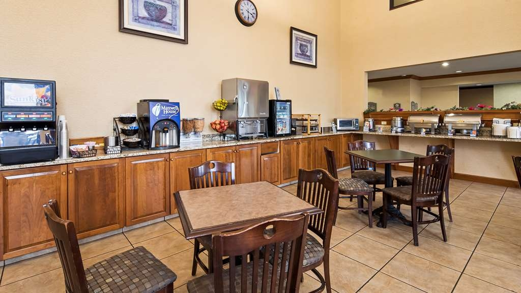 Best Western Plus North Canton Inn & Suites - Restaurant / Gastronomie