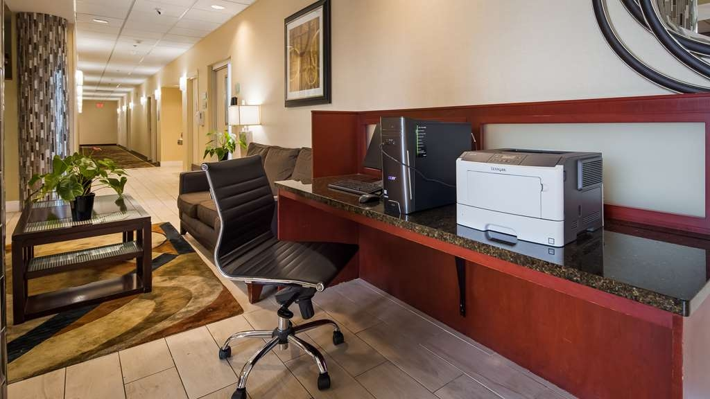 Best Western Airport Inn & Suites Cleveland - affari-centro
