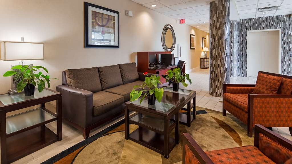 Best Western Airport Inn & Suites Cleveland - Hall