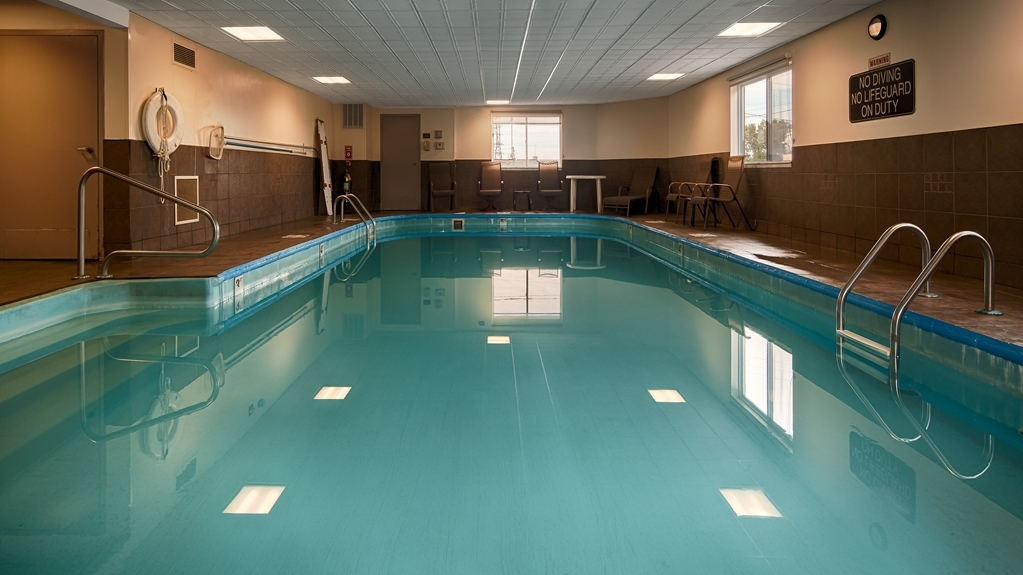 Best Western Inn - The indoor pool is perfect for swimming laps or taking a quick dip.