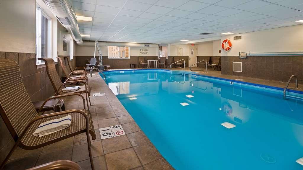 Best Western Inn - Vue de la piscine