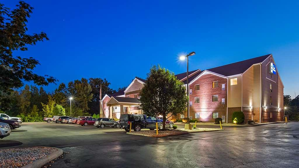 Best Western Executive Suites - Columbus East - Aussenansicht