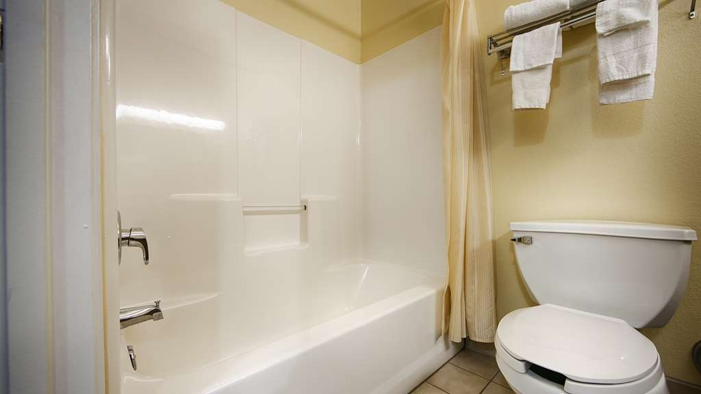 Best Western Executive Suites - Columbus East - All guest bathrooms have a large vanity with plenty of room to unpack the necessities.