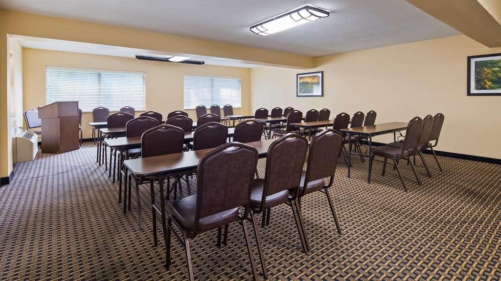 Best Western Executive Suites - Columbus East - Sala de reuniones