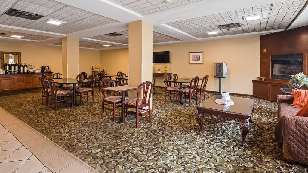 Best Western Executive Suites - Columbus East - Breakfast Area