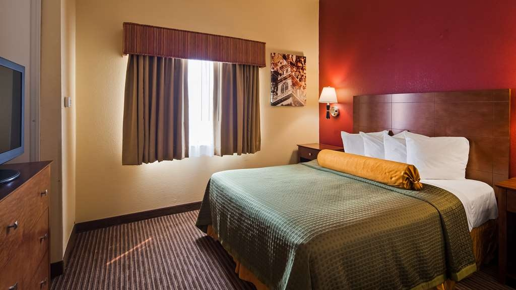 Best Western Executive Suites - Columbus East - Guest Room