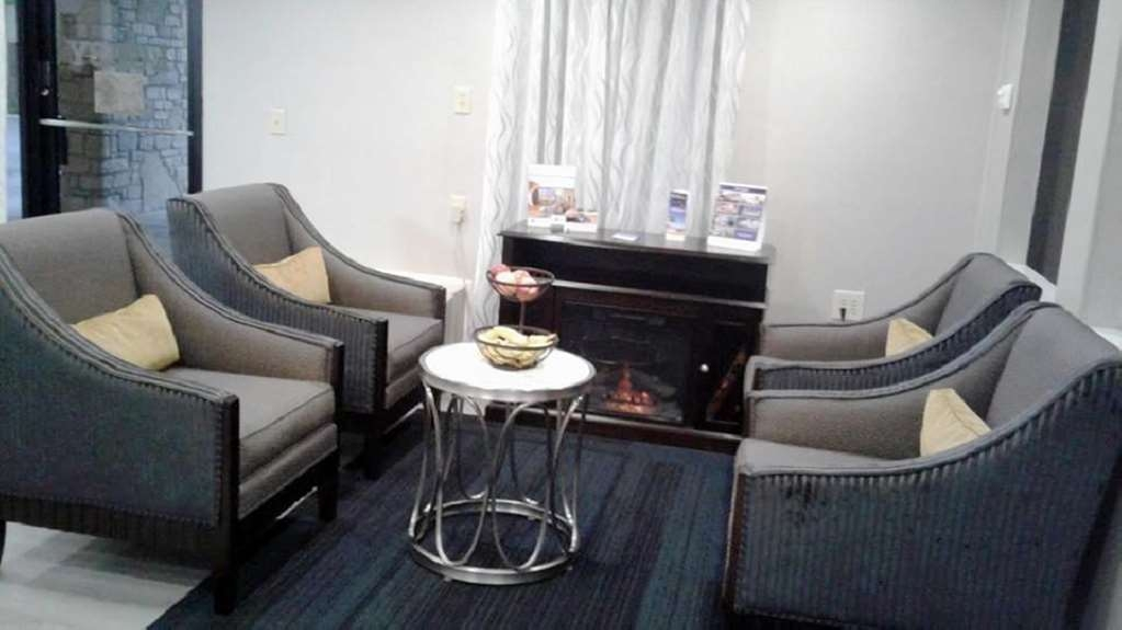 Best Western Clermont - We strive to provide all a relaxing place to read a book or socialize with colleagues and friends.
