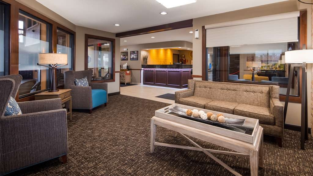 Best Western Lakewood Inn - Lobbyansicht