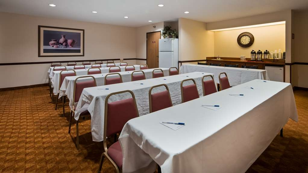 Best Western Lakewood Inn - Meeting Room