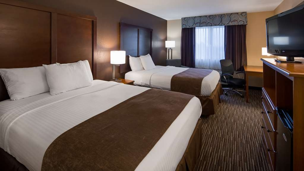 Best Western Port Columbus - Designed for corporate and leisure traveler alike, make a reservation in one of our guest rooms with two queen beds.
