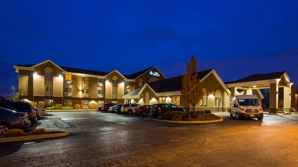 Best Western Port Columbus - Discover the best of Columbus and enjoy your stay at the Best Western Port Columbus.
