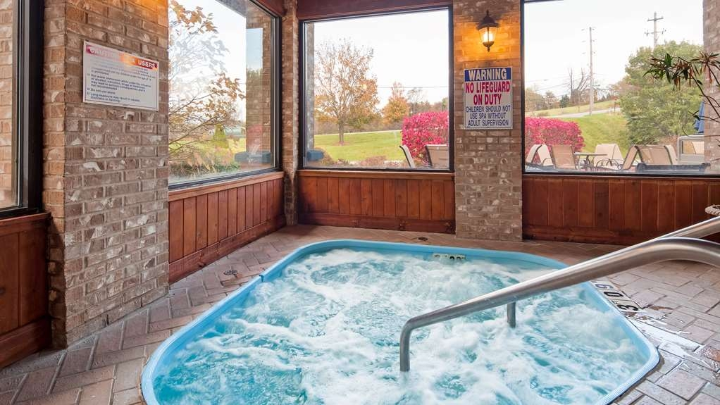 Best Western Richland Inn-Mansfield - Piscina