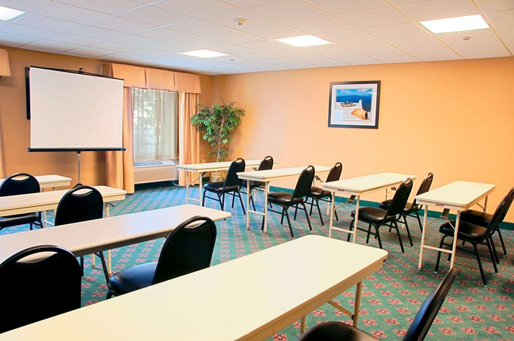 Best Western Mason Inn - Give us a call to check rates and book our meeting room.