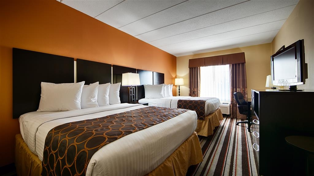 Best Western Mason Inn - Our spacious two bedded rooms have all the comforts of home at your fingertips.