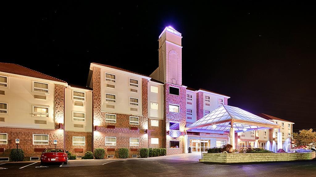 Best Western Plus Sandusky Hotel & Suites - Aussenansicht