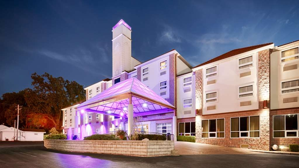 Best Western Plus Sandusky Hotel & Suites - Welcome to the Best Western Plus Sandusky Hotel & Suites!