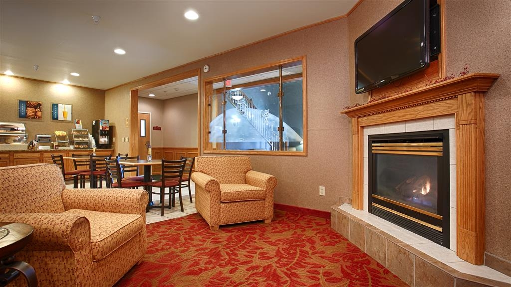 Best Western Wapakoneta Inn - Hall