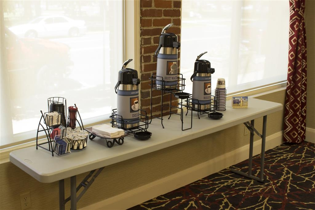 Best Western Park Hotel - We can provide coffee and tea service for your next business meeting.