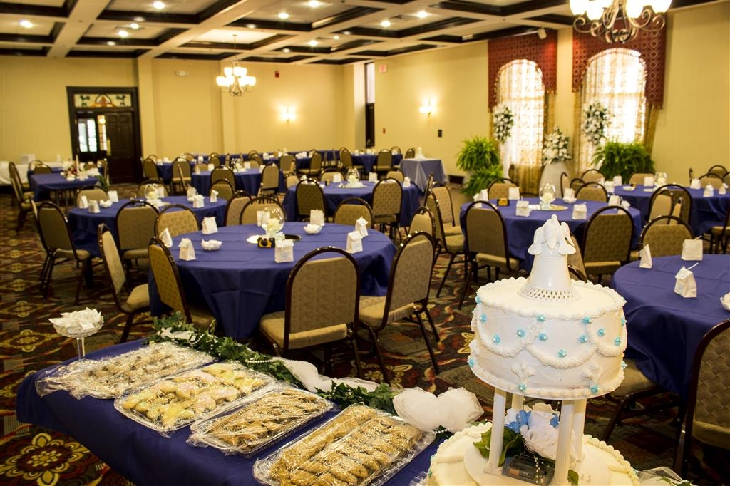 Best Western Park Hotel - Let the BEST WESTERN Park Hotel work closely with you to help create lasting memories on your special day!