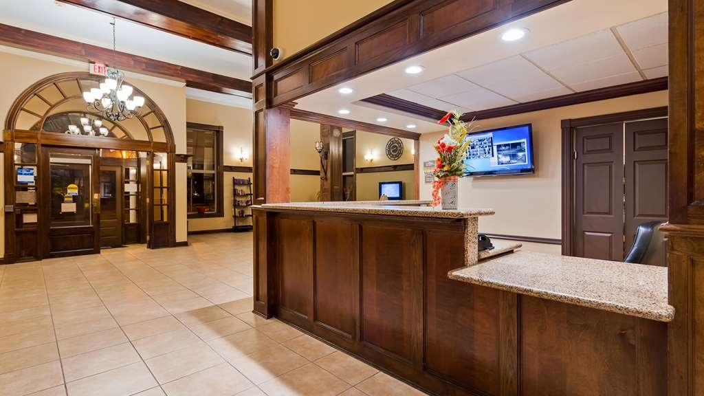 Best Western Park Hotel - Front Desk