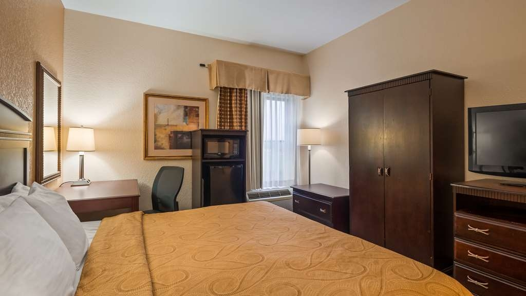 Best Western Monroe Inn - Guest Room