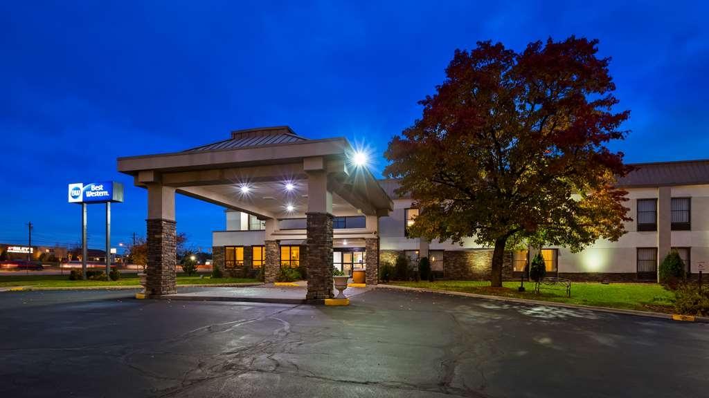 Best Western Monroe Inn - Facciata dell'albergo