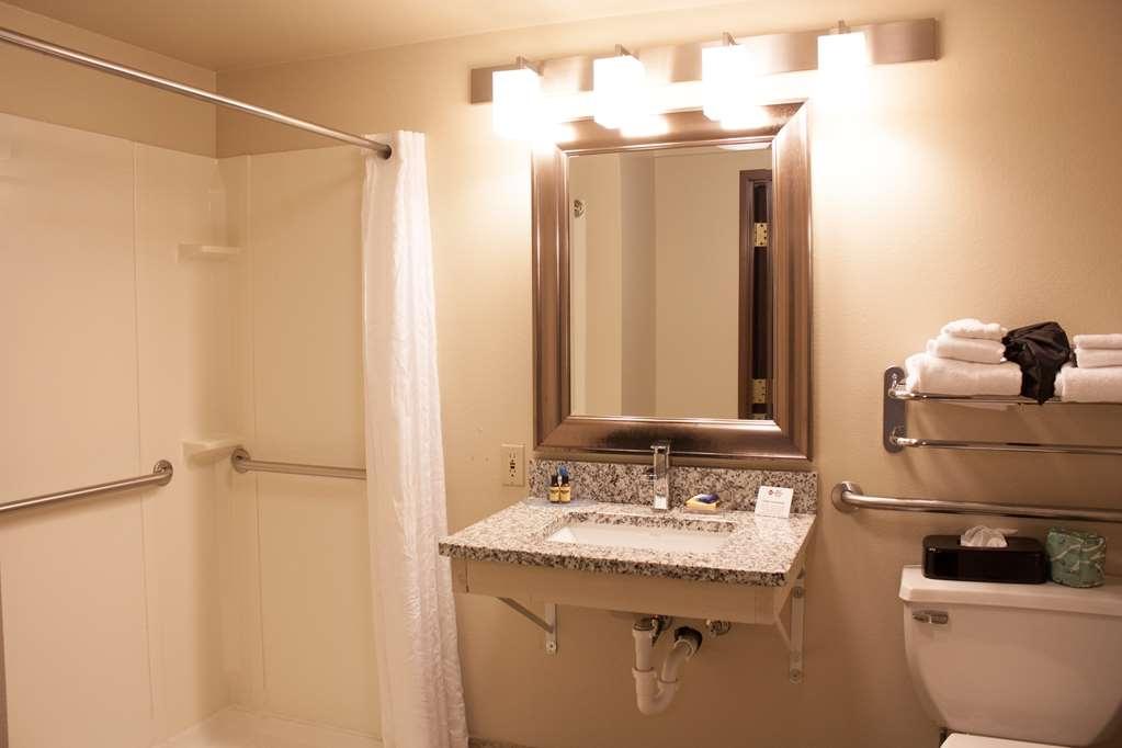 Best Western Plus West Akron Inn & Suites - Chambres / Logements