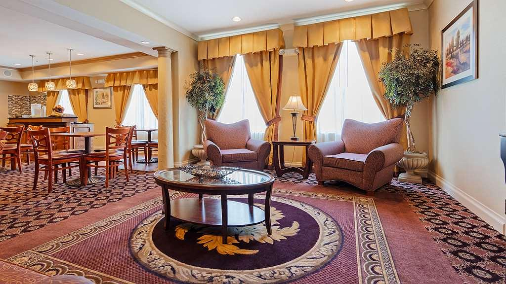 Hotel In Cincinnati Best Western Plus Hannaford Inn Suites