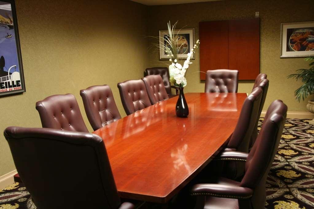 Best Western Plus Hannaford Inn & Suites - Board Room