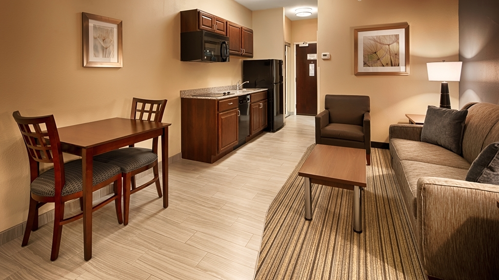 Best Western Plus Boardman Inn & Suites - Suite