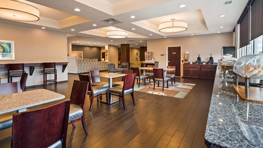 Best Western Plus Boardman Inn & Suites - Restaurant / Gastronomie