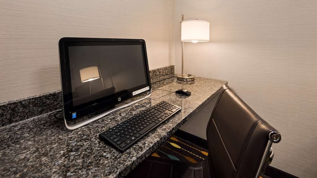 Best Western Plus Boardman Inn & Suites - centre des affaires
