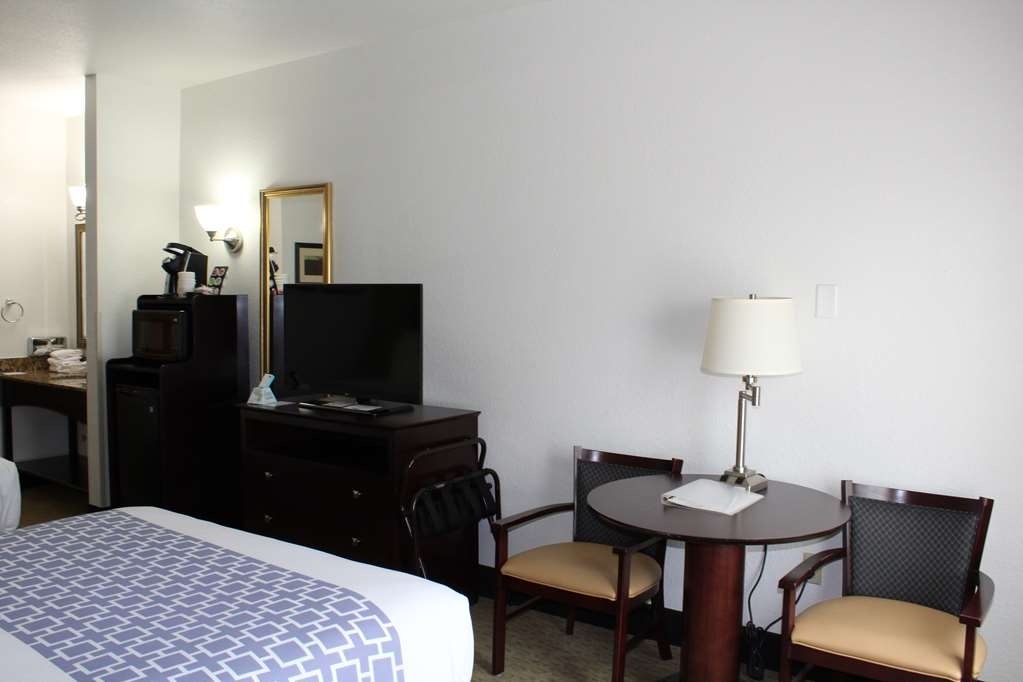Best Western Celina - Standard Two Queen Room