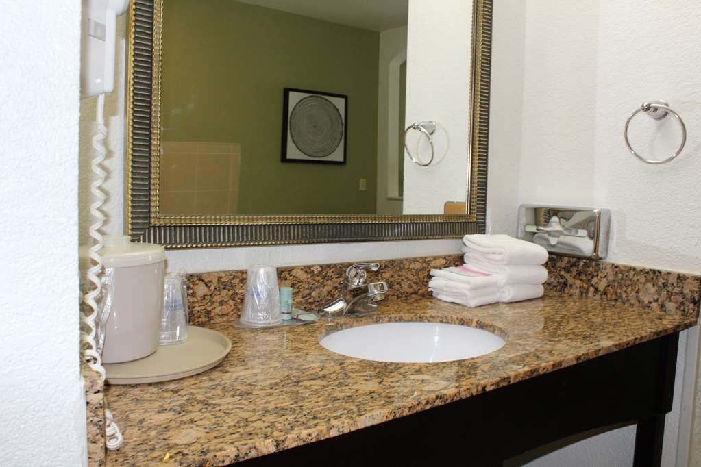 Best Western Celina - Vanity area is all guest rooms