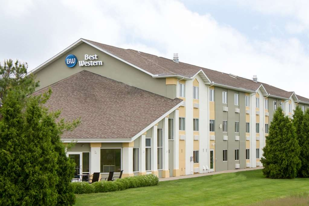 Best Western Toledo South Maumee - Make Best Western® Toledo South Maumee your home away from home.
