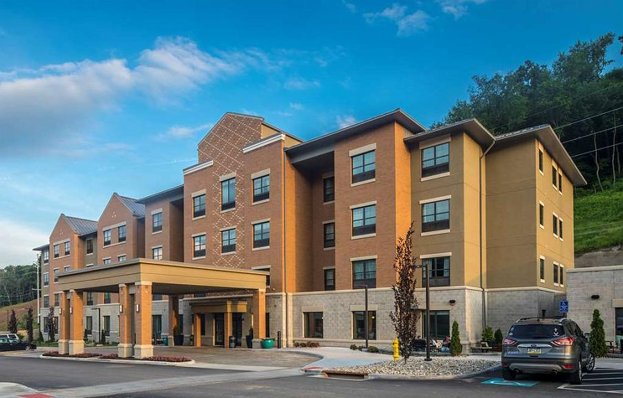 Best Western Plus Franciscan Square Inn and Suites Steubenville - Aussenansicht