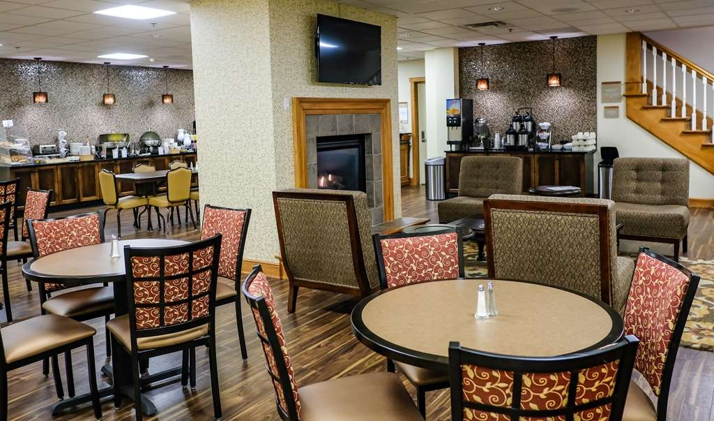 Best Western Plus Dutch Haus Inn and Suites - Restaurant / Gastronomie