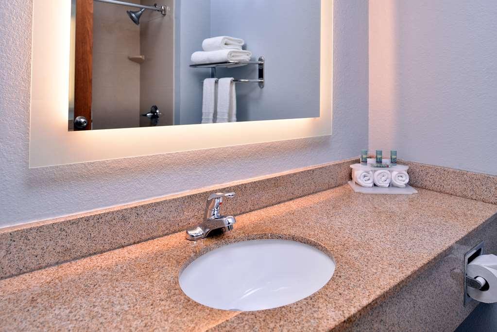 Best Western St. Clairsville Inn & Suites - Gästezimmer/ Unterkünfte