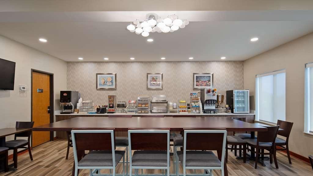 Best Western St. Clairsville Inn & Suites - Restaurant / Gastronomie