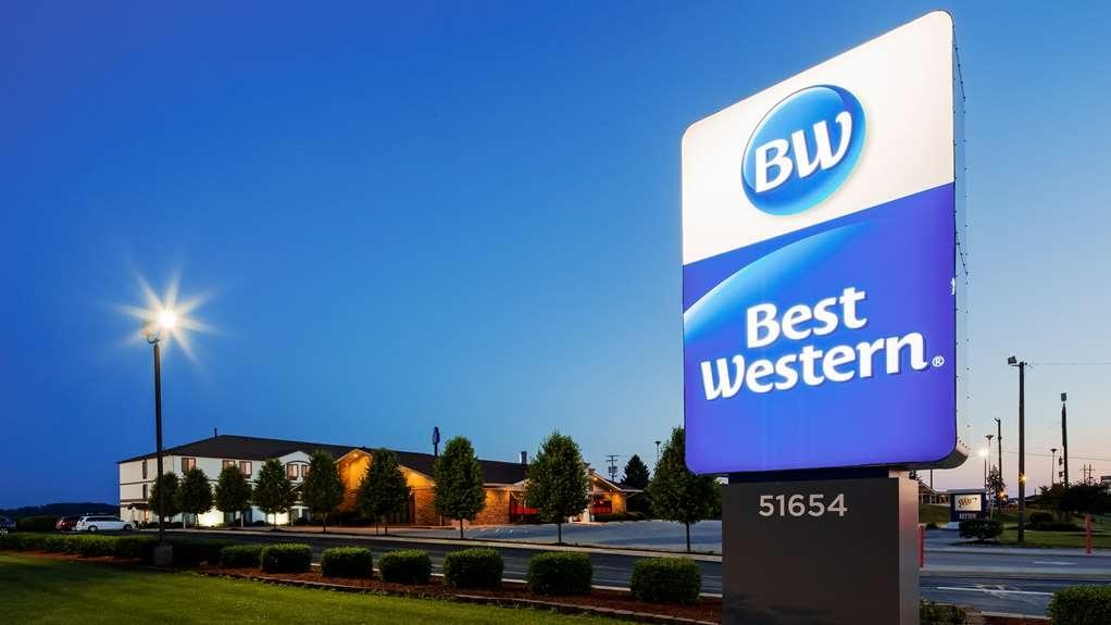 Best Western St. Clairsville Inn & Suites - Logo