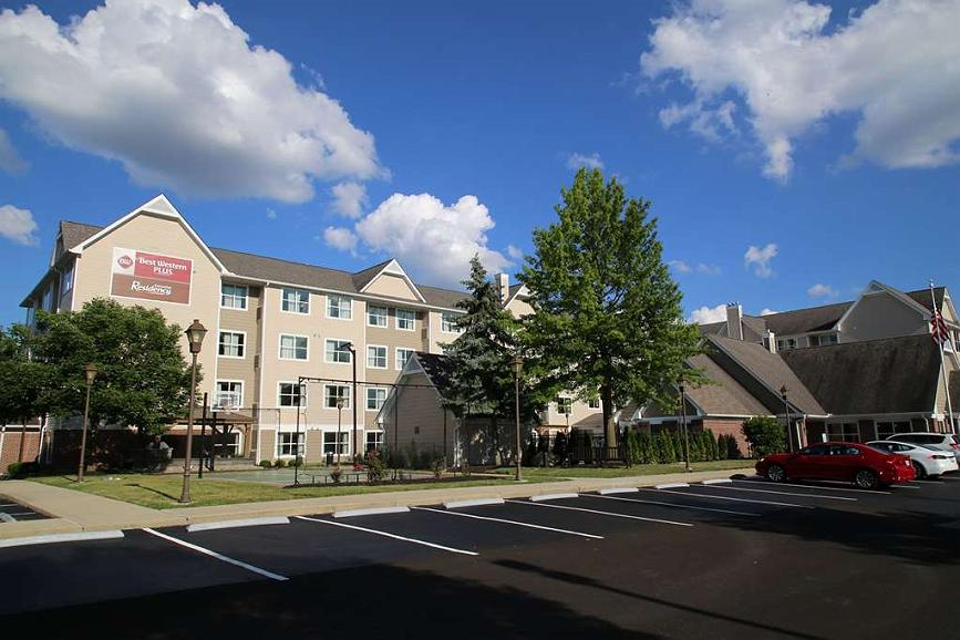 Best Western Plus Executive Residency Columbus/Worthington - Vista exterior