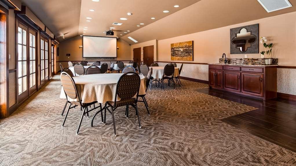 Best Western Plus Weatherford - Meeting Room