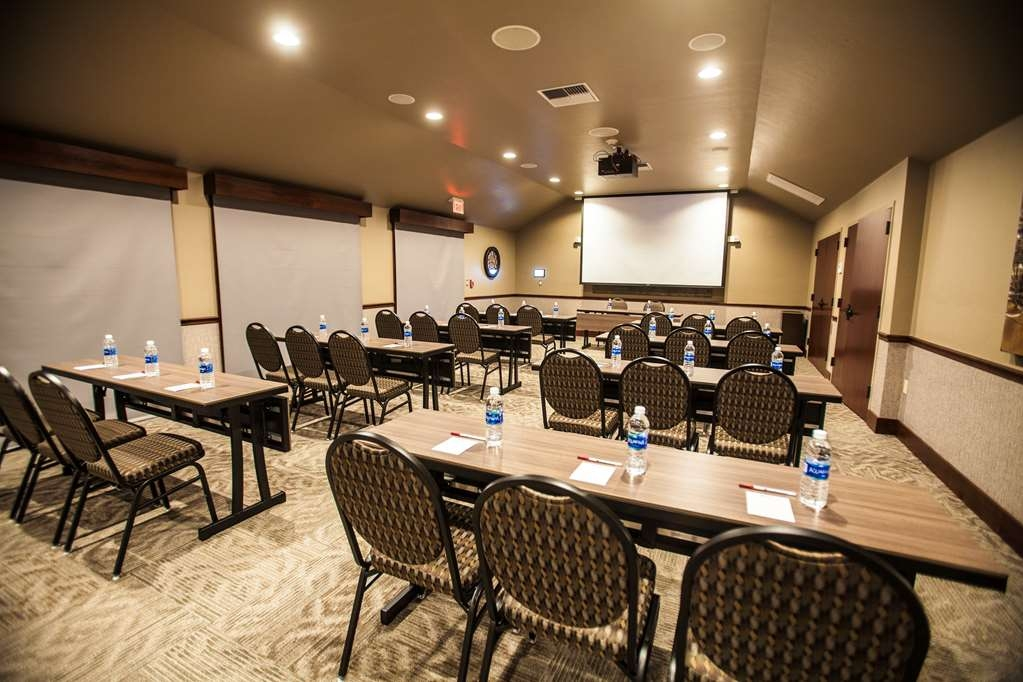 Best Western Plus Weatherford - Conference Room
