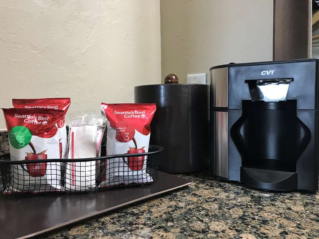 Best Western El Reno - Each room is set up with Seattle's Best Coffee.