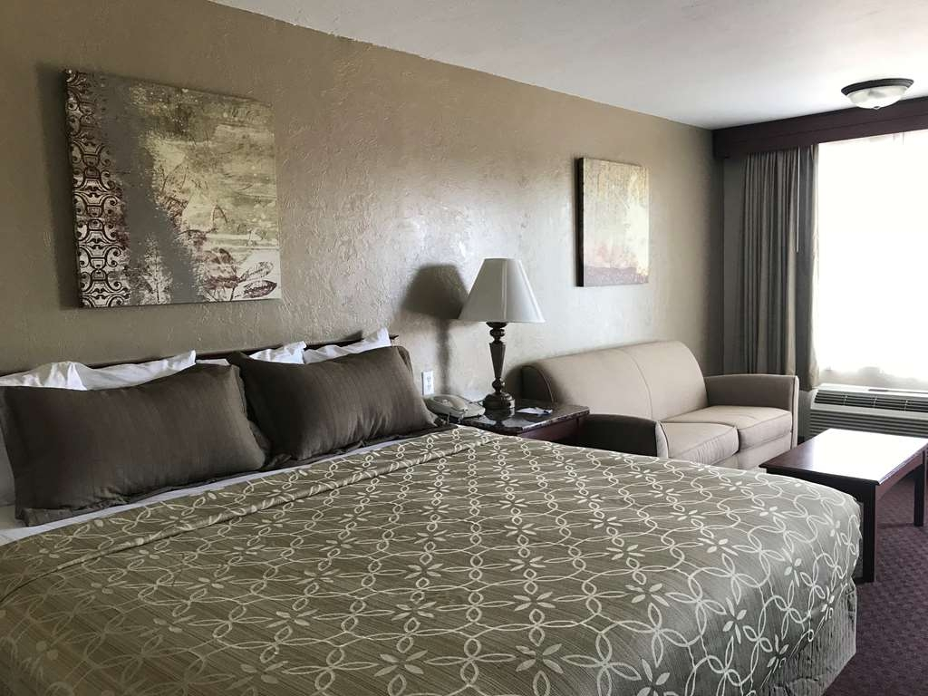 Best Western El Reno - Make yourself at home in our oversized king guest room with a sleeper sofa.