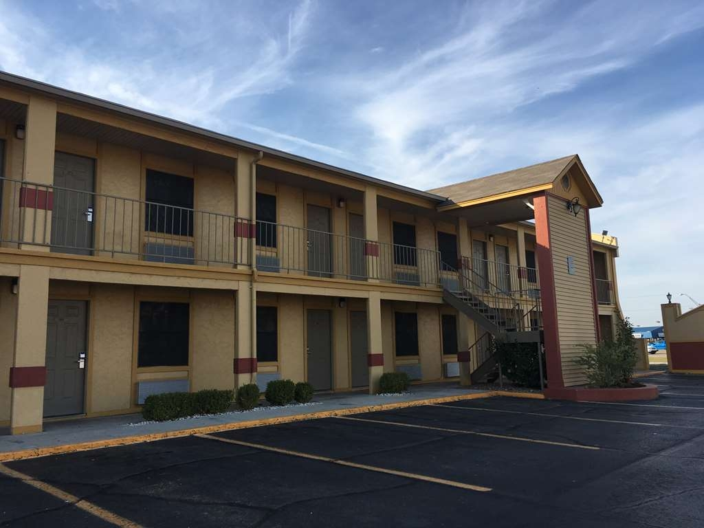 Best Western Markita Inn - Vista Exterior