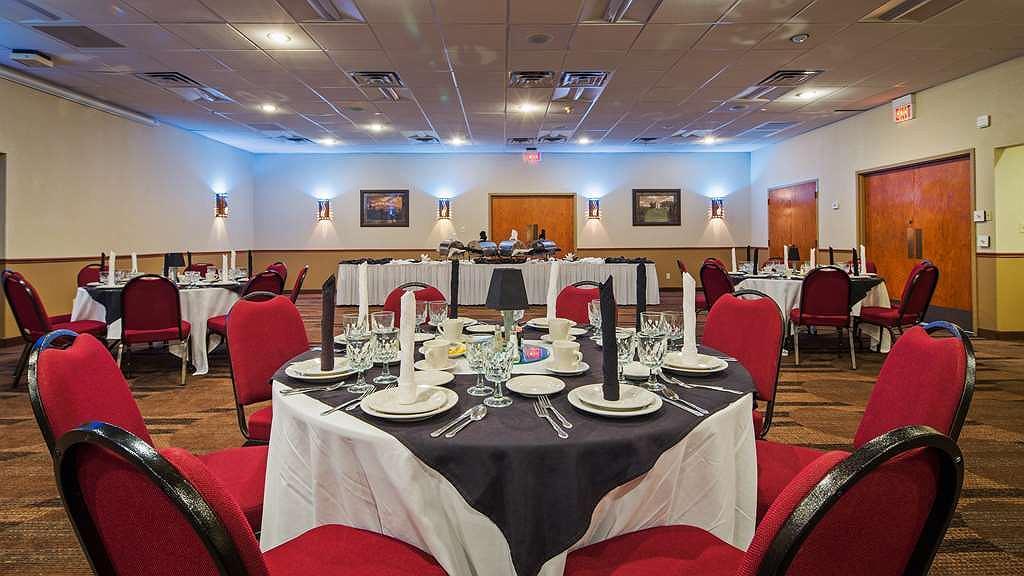 Hotel en Oklahoma City | Best Western Plus Saddleback Inn