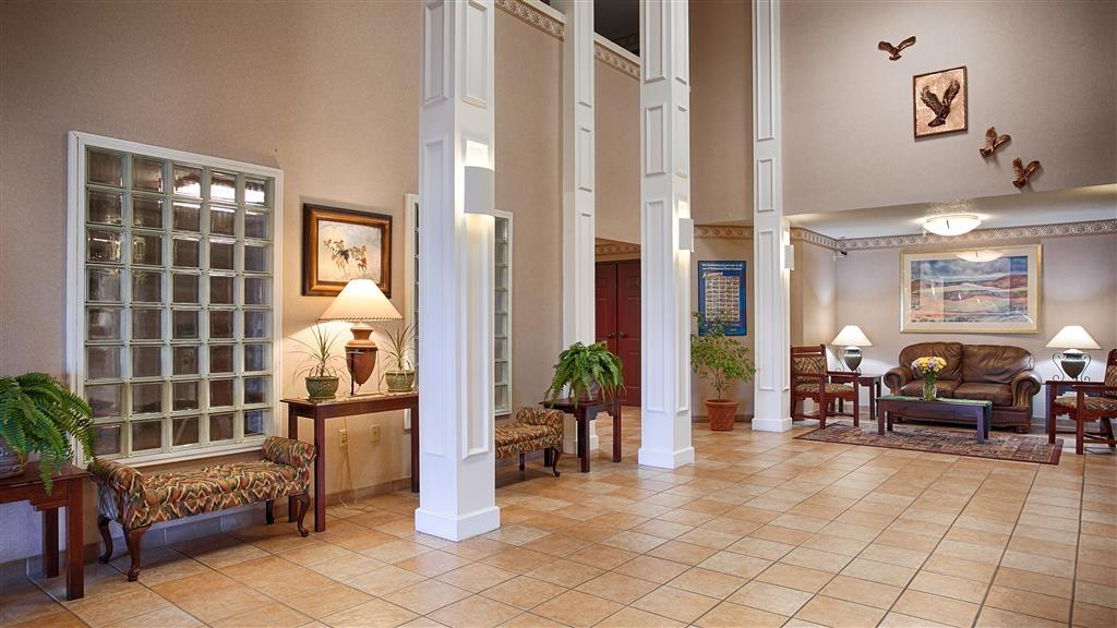 Best Western Okmulgee - Vista del vestíbulo