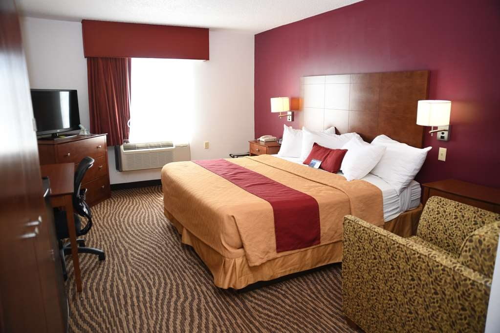 Best Western Okmulgee - King Bed Guest Room