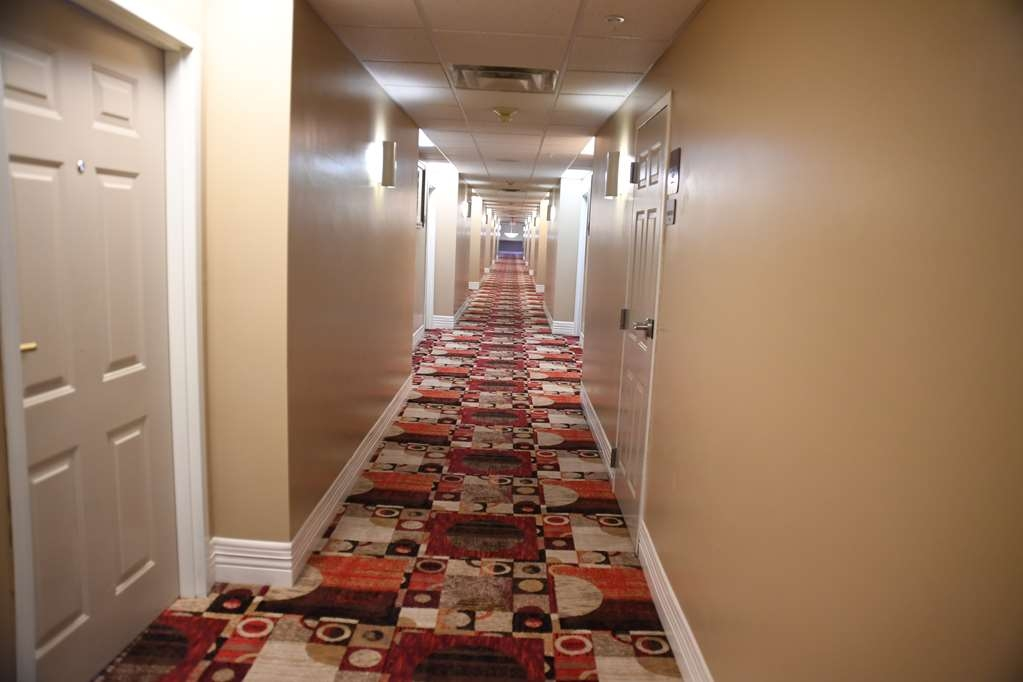Best Western Okmulgee - Hallway